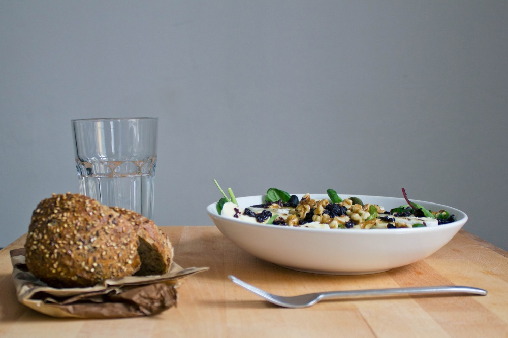 salad bread water table