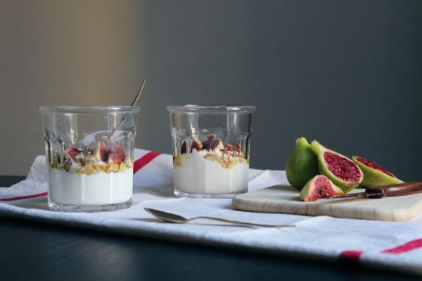 Higos con yogurt